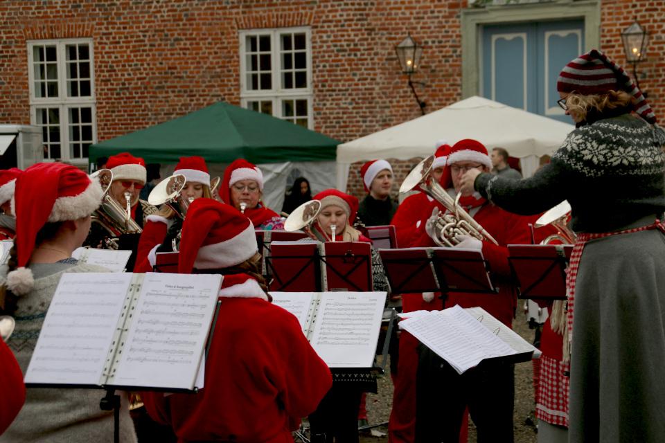 Духовой оркестр Hinnerup Garden, замок Ульструп / Ulstrup slot, Дания