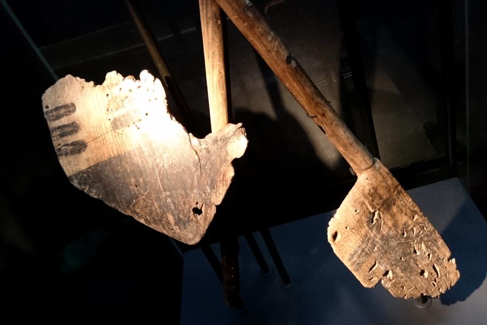 Весла с расписными узорами, 4700-4500 г. до н. э., Эртебёлле