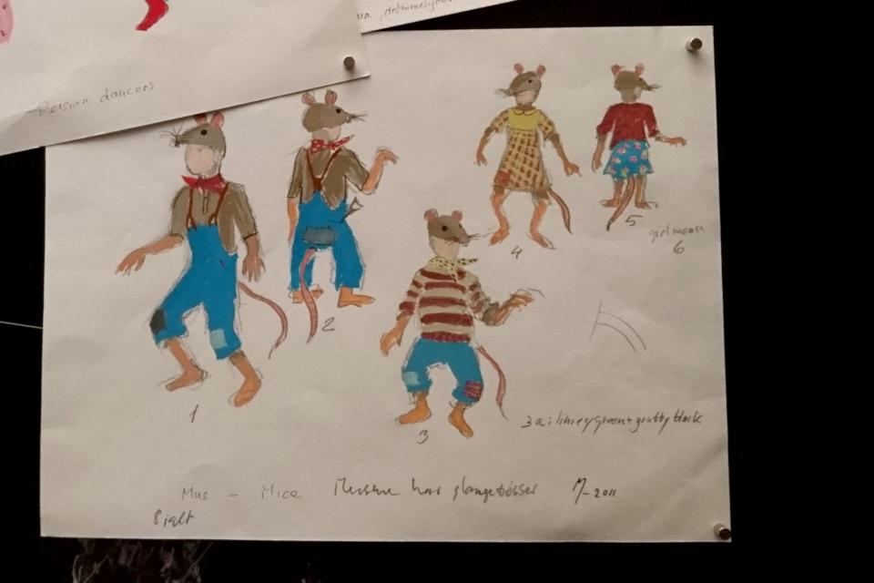 "костюмы для мышей королевы Маргрете II для балета ""Щелкунчик"""