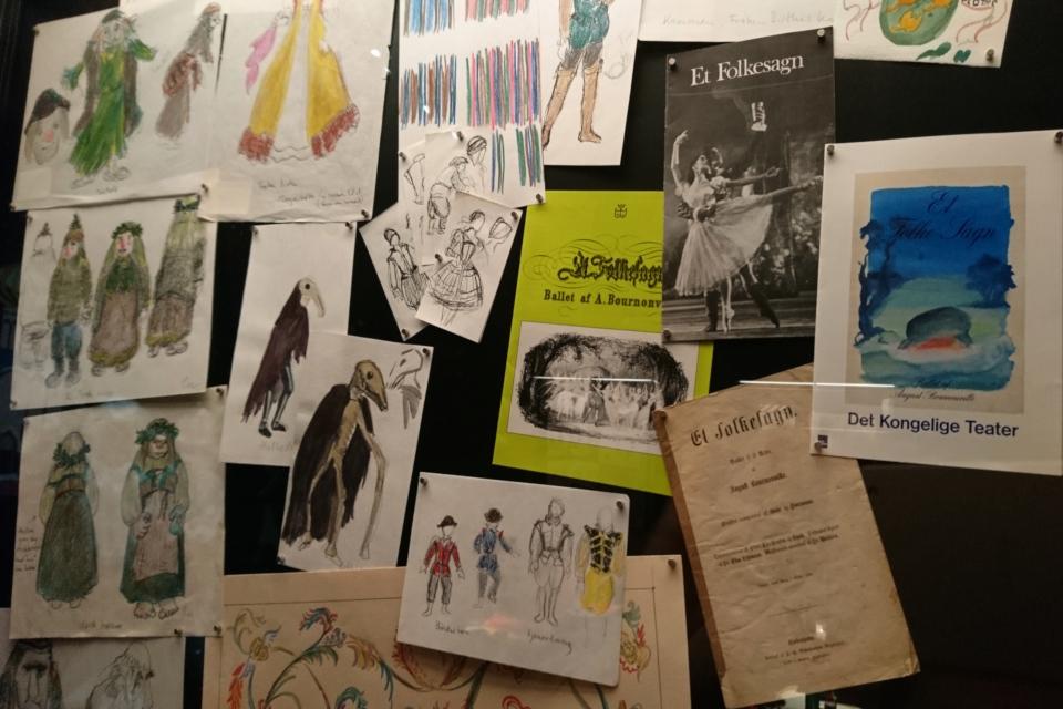 """Эскизы одежды и декораций для балета Бурнонвиля """"Народная легенда"""""""