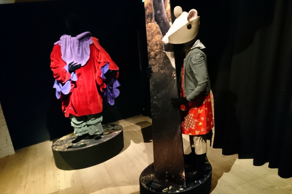 Костюмы, созданные королевой Дании Маргрете II в сказочном лесу