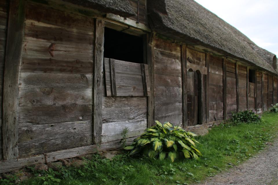 Деревянная постройка на каменном фундаменте, Bulladen