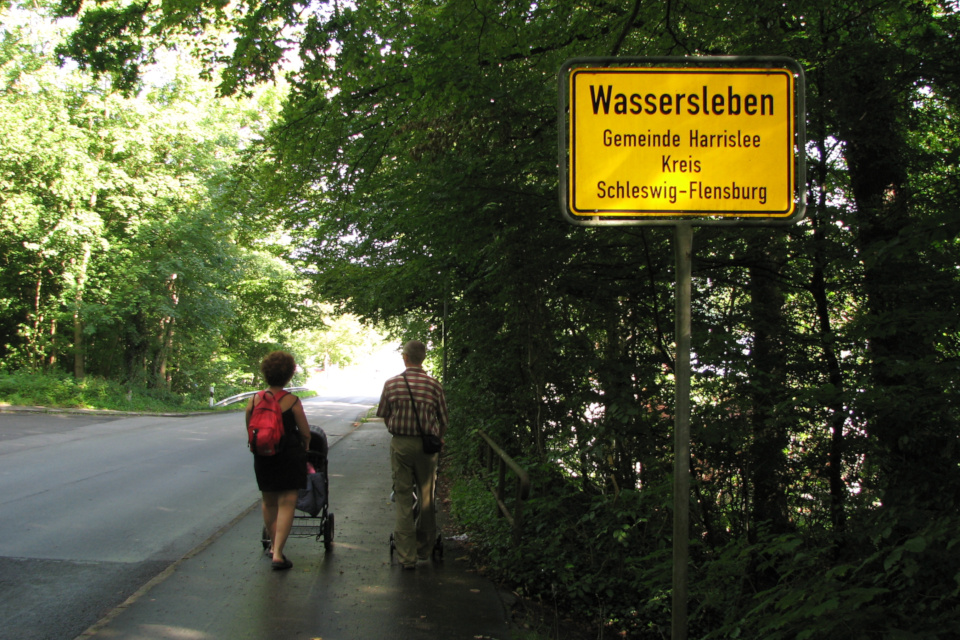 город Вассерслебен находится в коммуне Харрисле, земли Шлезвиг-Гольштейн