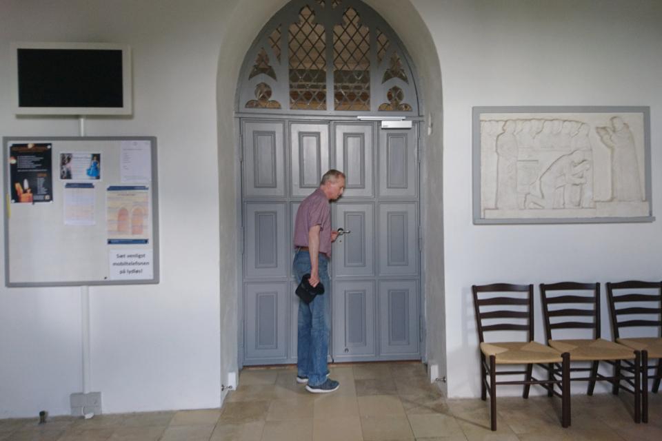 Внутри церкви Тюструп, г. Кристиансфельд / Christiansfeld, Дания