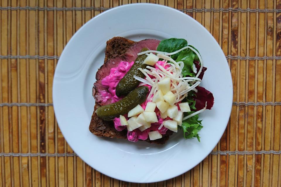 Русский салат в Дании для Смёрребрёд. 27 апр. 2020, г Орхус