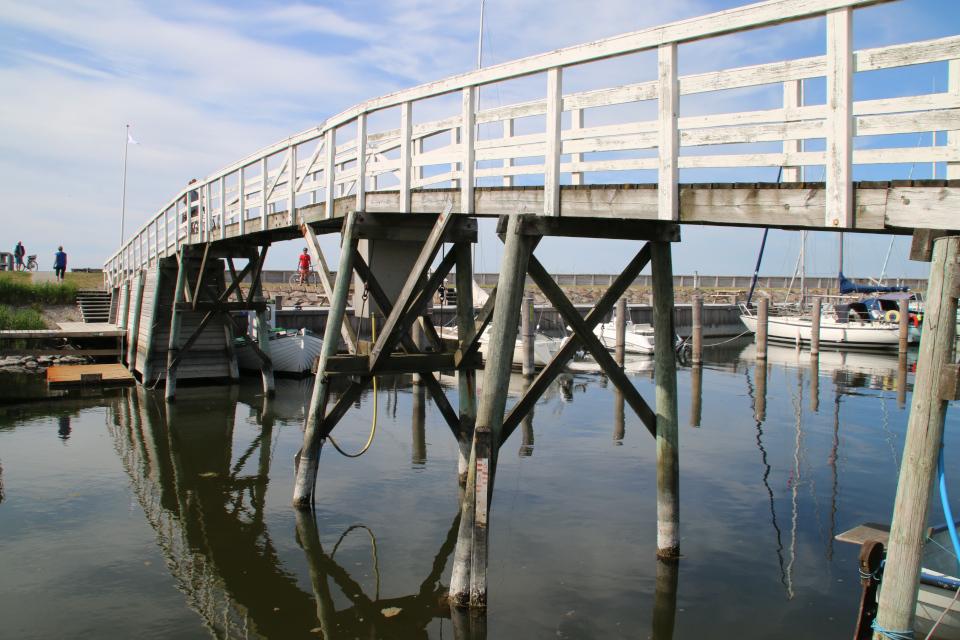 Деревянный мостик через канал Фредерика 7