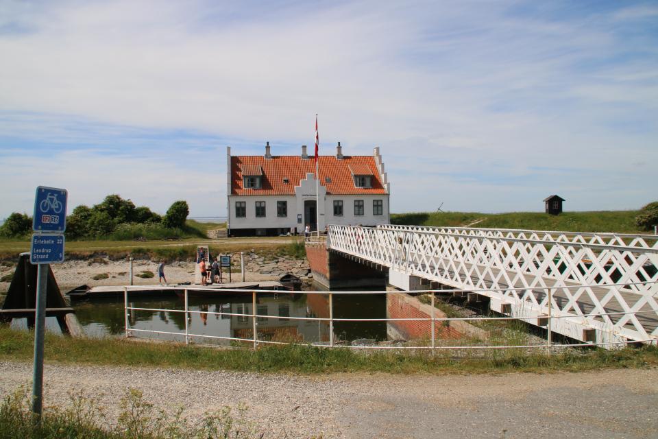 Разводной мост через канал Фредерика 7