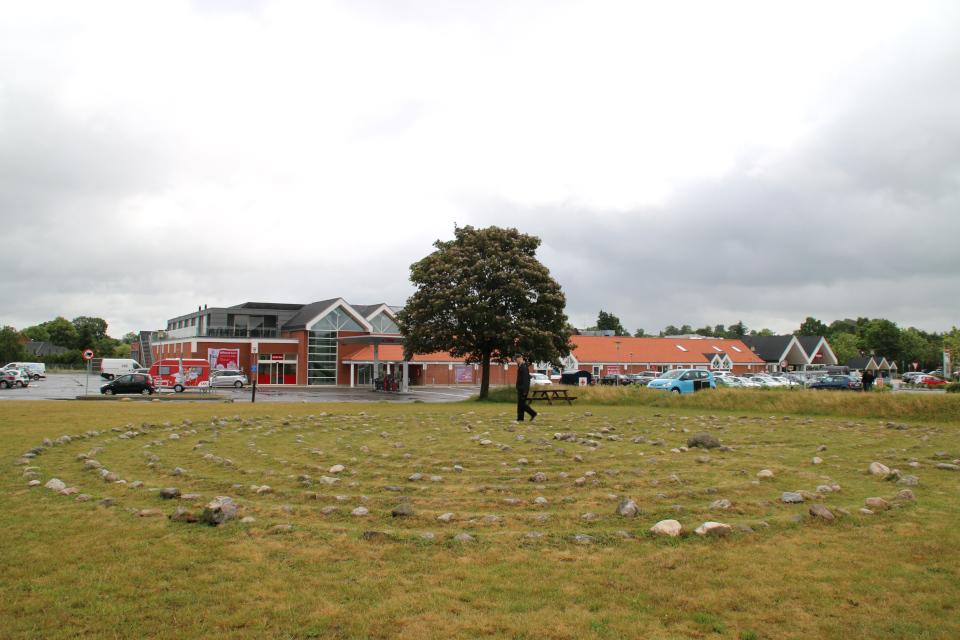 Лабиринт Трояборг в г. Рю / Rye, Дания. Фото 5 июл. 2020