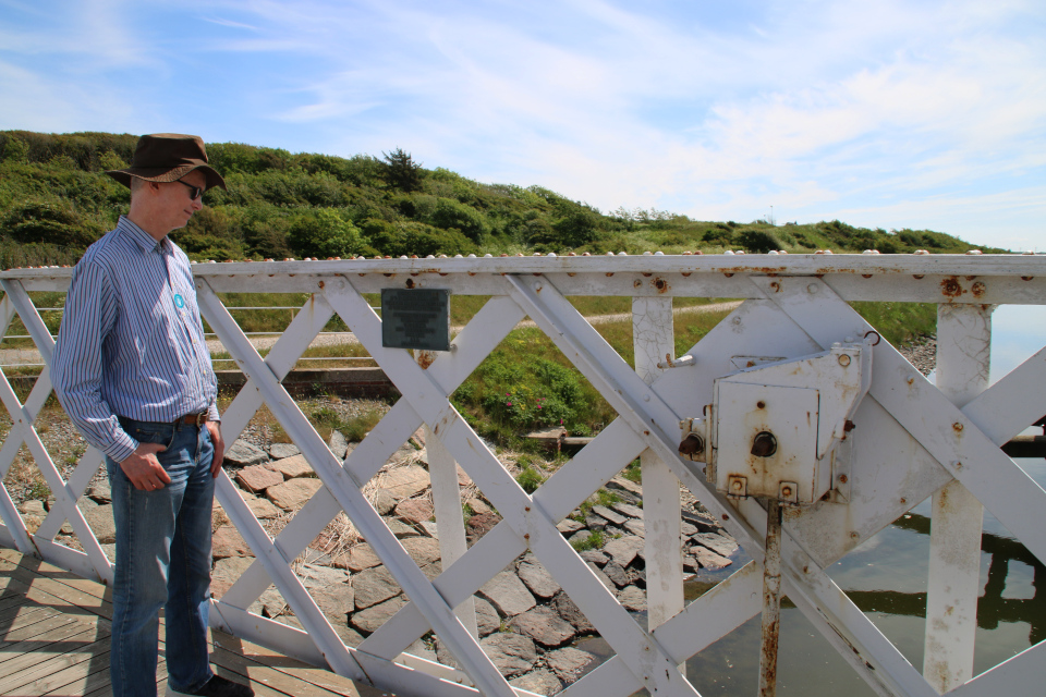 На разводном мосту через канал Фредерика 7, Дания