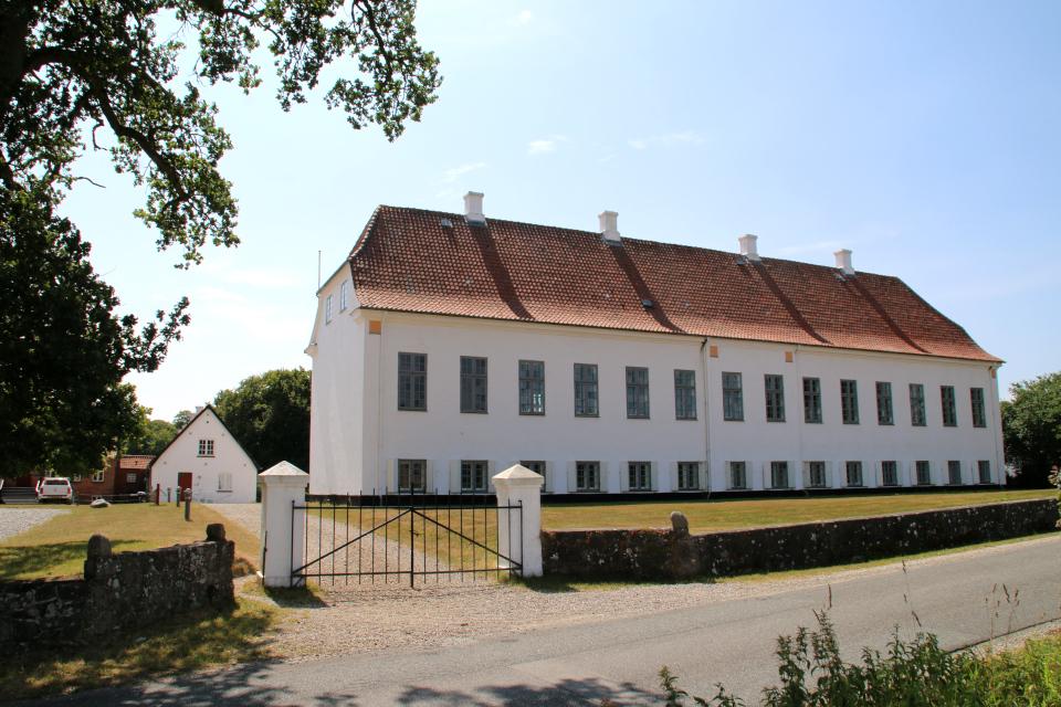 Замок Фуссингё - вид с северной стороны