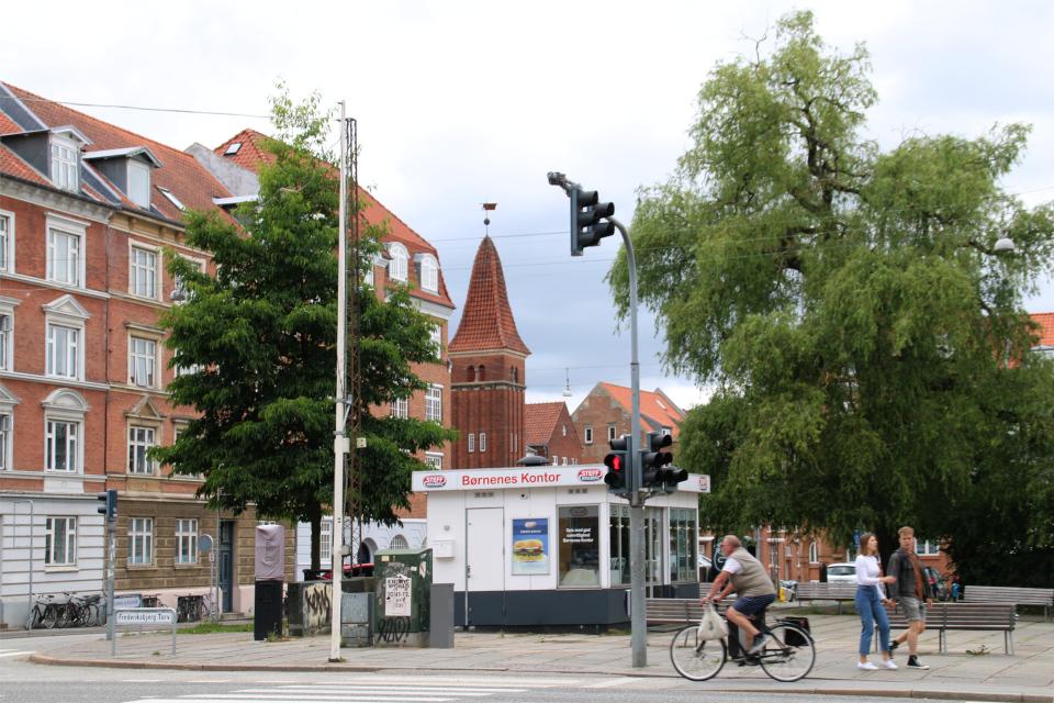 Датский сосисочный ларек на площади Frederiksberg torv