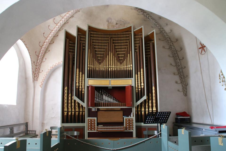 Орган в восточной части церкви. Фото 13 авг. 2020, г. Скиве / Skive, Дания