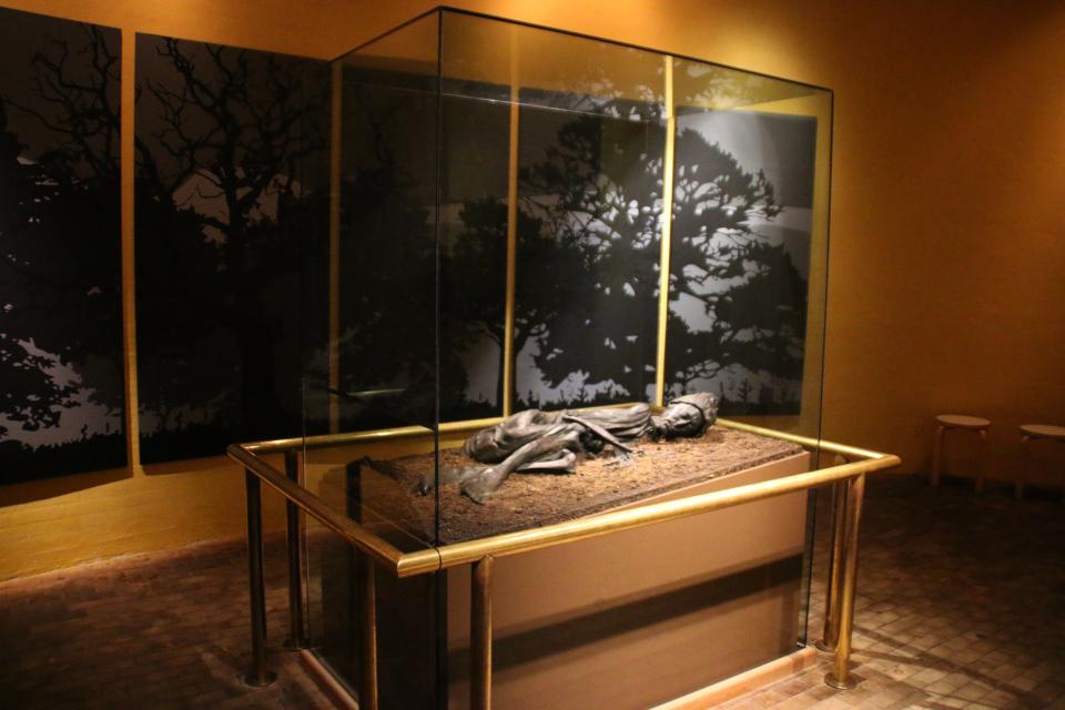 Человек из Толлунда в музее Силькеборг / Silkeborg museum, Дания