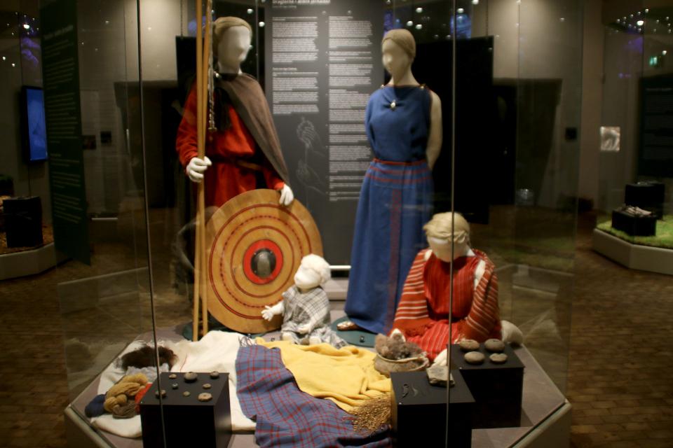 Выставка про железный век в Дании и реконструкция одежды