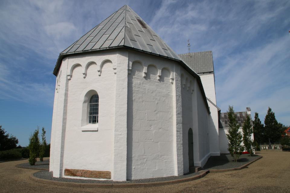 Церковь Богоматери Скиве, вид с западной стороны