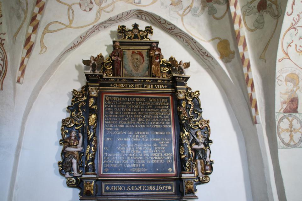 Декорации 1653 года. Фото 13 авг. 2020, Церковь Богоматери Скиве, Дания