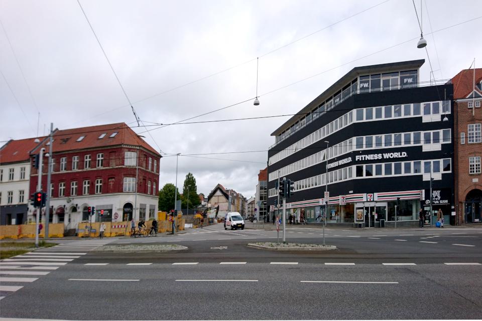 Дом на углу улиц knudrigsgade и Nørrebrogade
