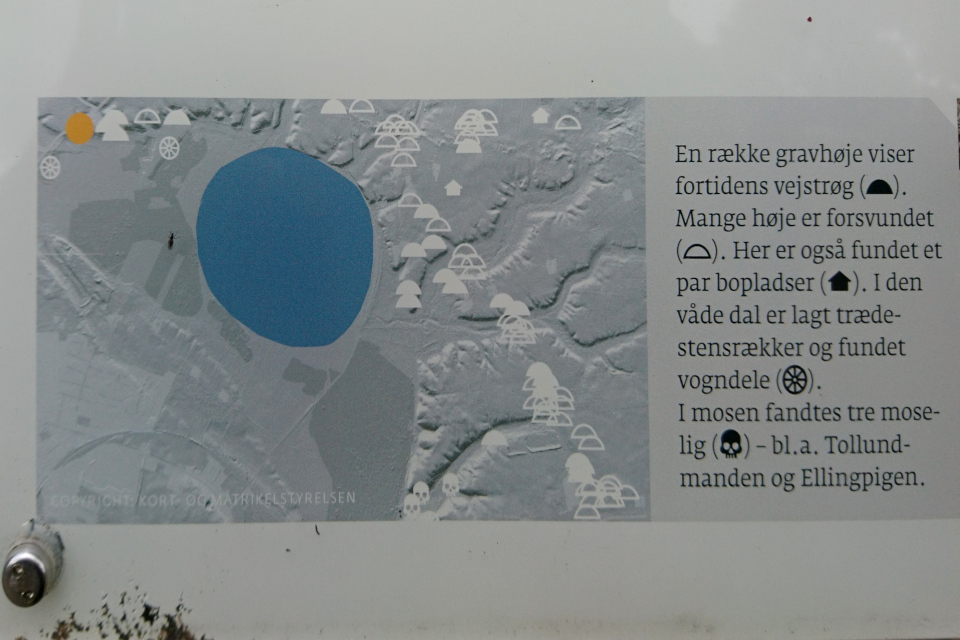 картa с информационного щита на месте находки человека из Толлунда