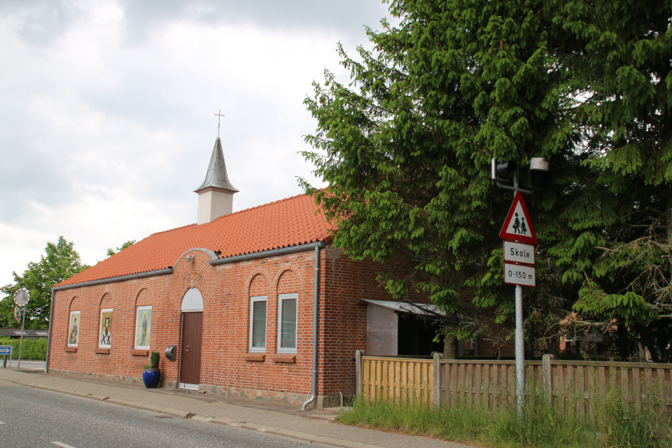 Сербская православная церковь в Граубалле / Grauballe, Дания
