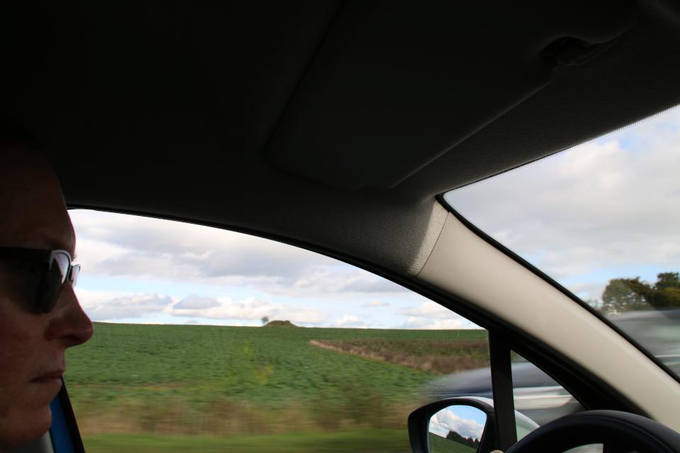 Курган на возвышенной части местности, Дания