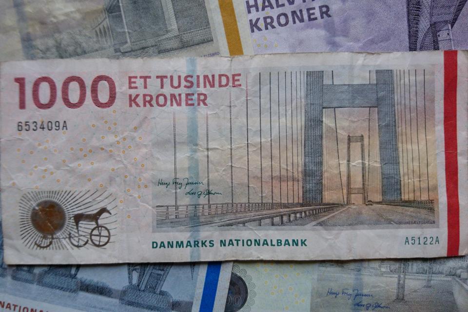 Датская банкнота номиналом 1000 крон. Фото 2 нояб. 2020, Орхус, Дания