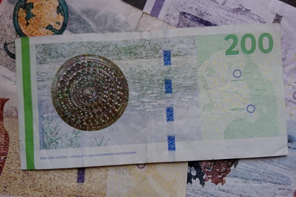 Банкноты Дании - археология и мосты. Фото 2 нояб. 2020, Орхус, Дания