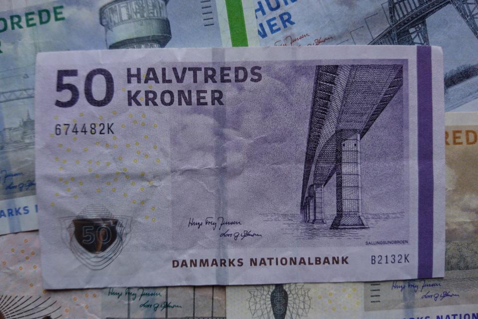 Датская банкнота номиналом 50 крон. Фото 2 нояб. 2020, Орхус, Дания