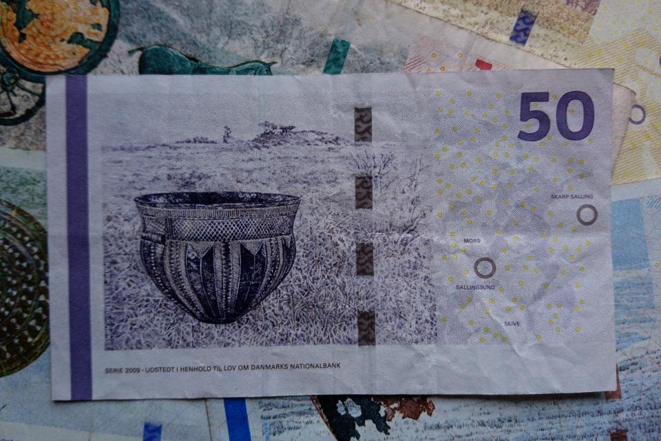 Банкноты Дании - археология и мосты, Фото 2 нояб. 2020, Орхус, Дания