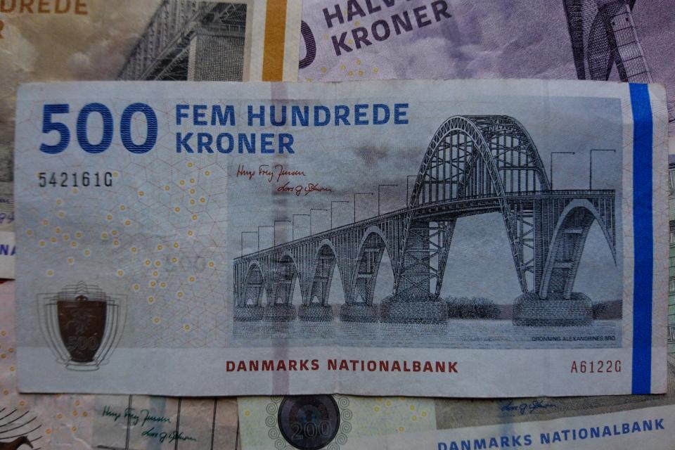 Датская банкнота номиналом 500 крон. Фото 2 нояб. 2020, Орхус, Дания