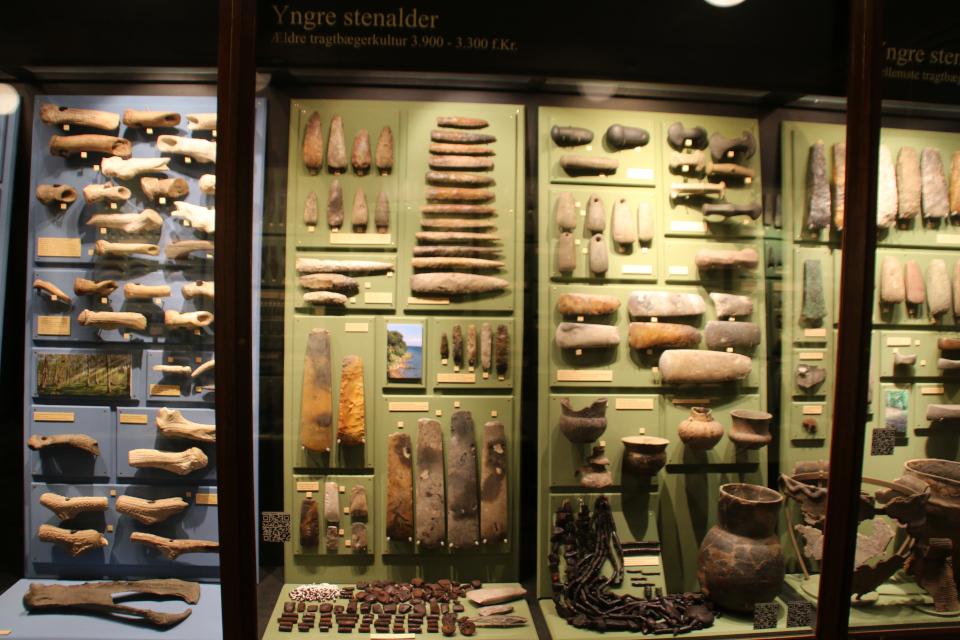 Археологические находки ранний неолит, музей Хорсенс, Дания. Фото 29 нояб. 2020