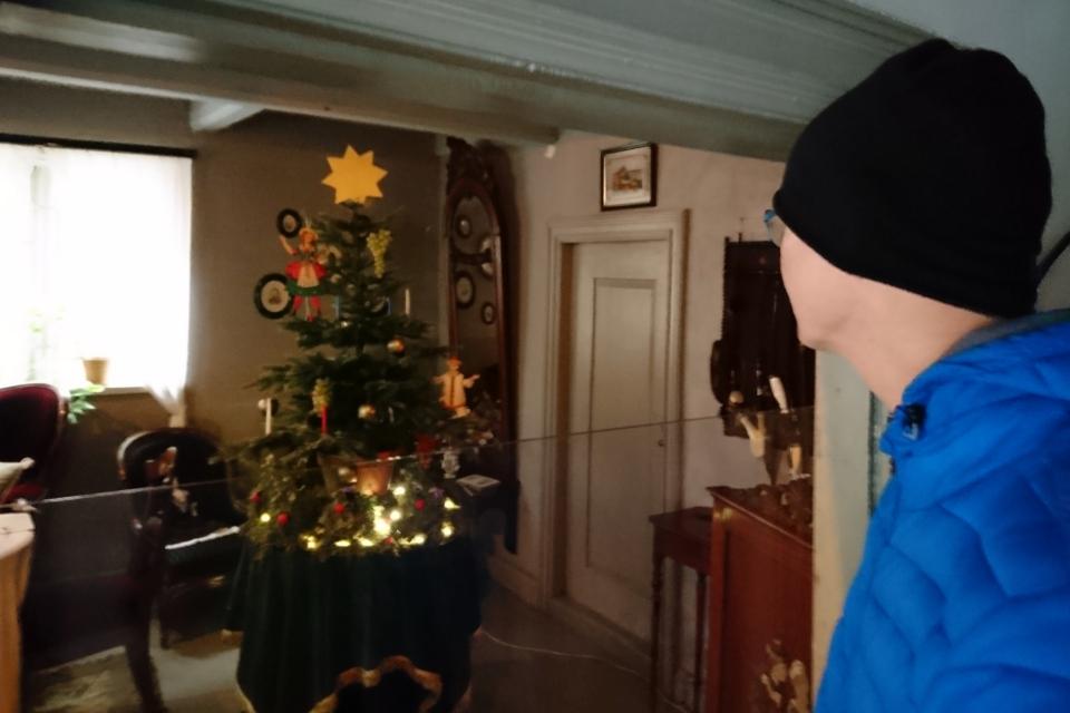 Рождественская елка середины 1800 х годов в музее Старый Город