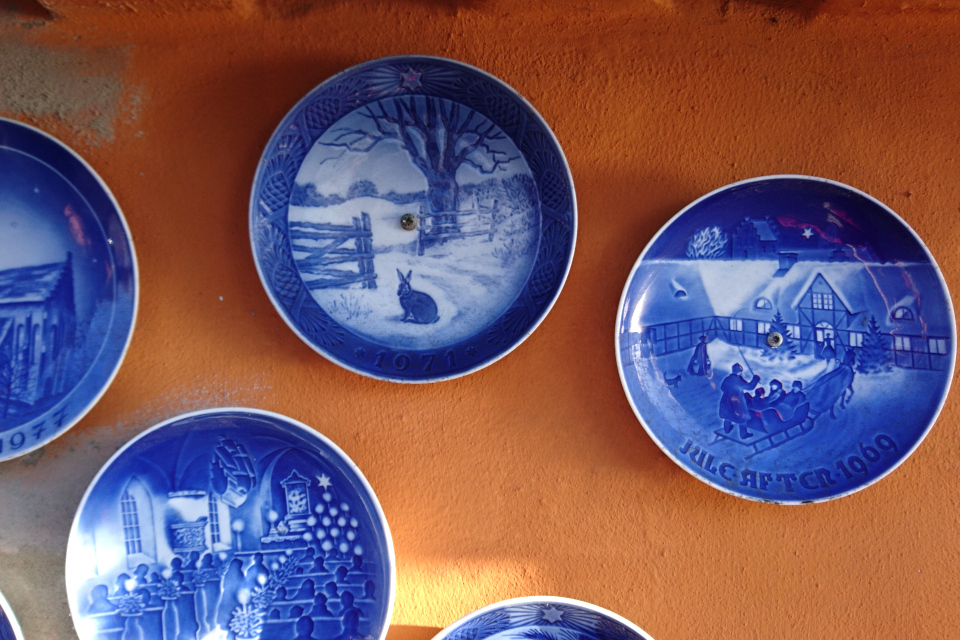Снежные мотивы рождественских тарелок (дат. juleplatter)