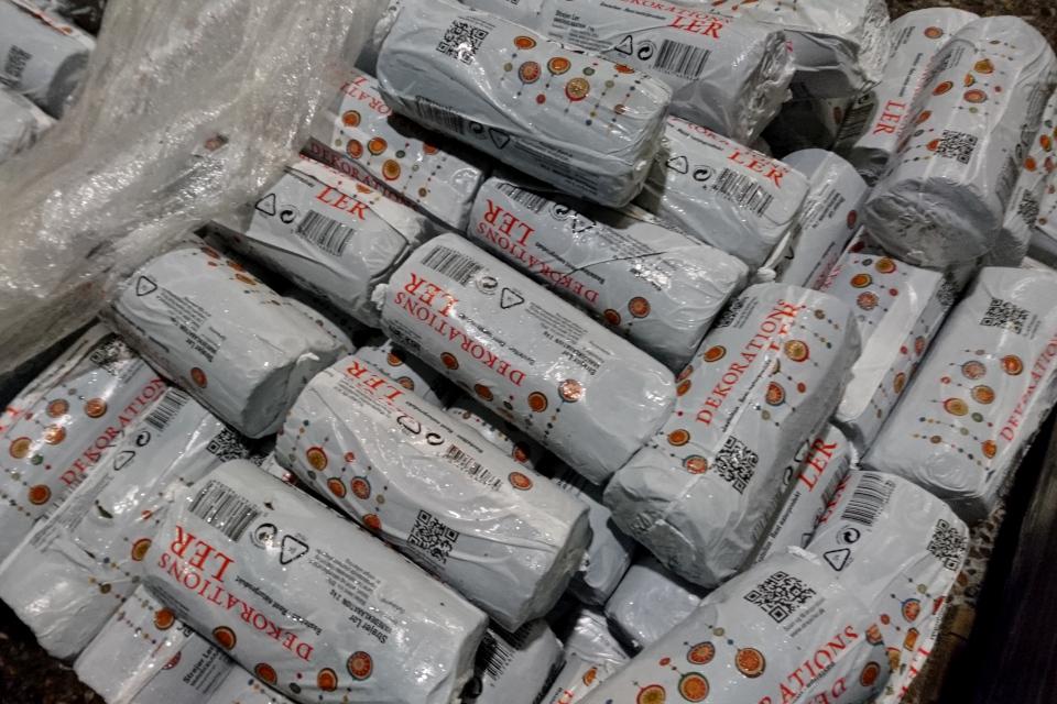 Упаковки с глиной для изготовления композиций из природных материалов