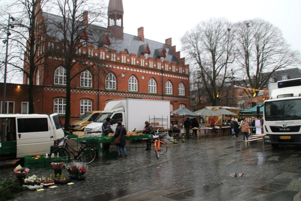 Рождественская ярмарка, г. Хернинг, Дания. Фото 15 дек. 2020