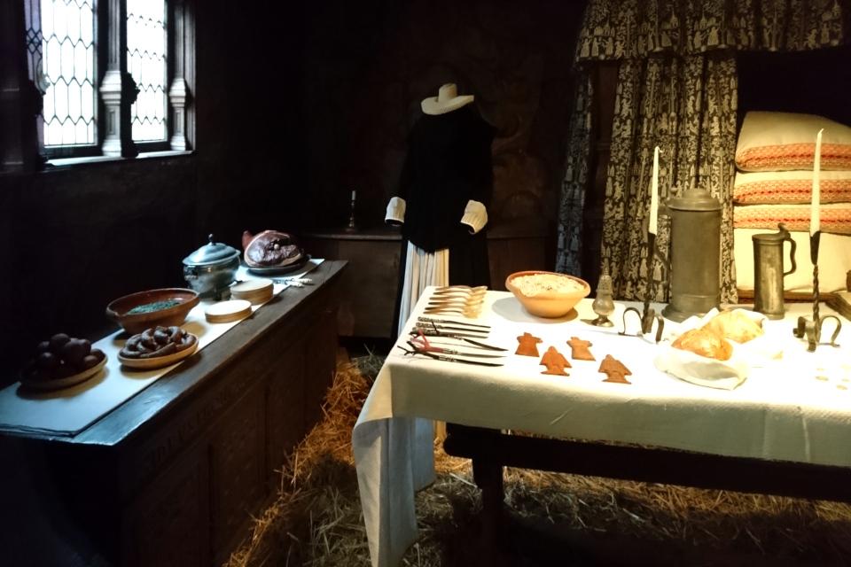 Обстановка рождественского ужина в доме бургомистра 1625 года