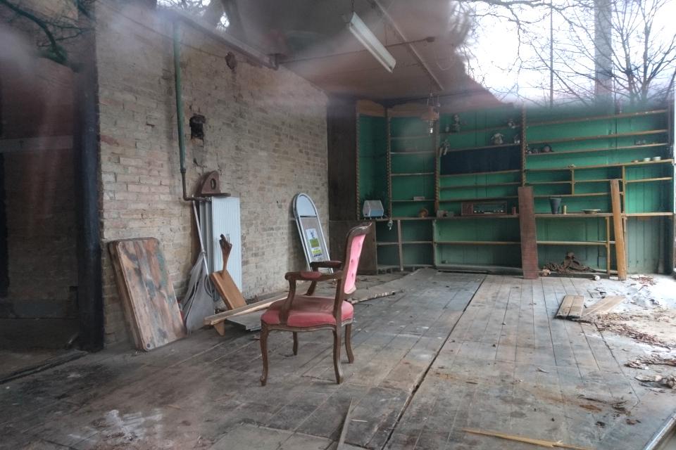 Внутри бывшего магазина. Фото 22 янв. 2021, ул. Ridderstræde, г. Орхус, Дания