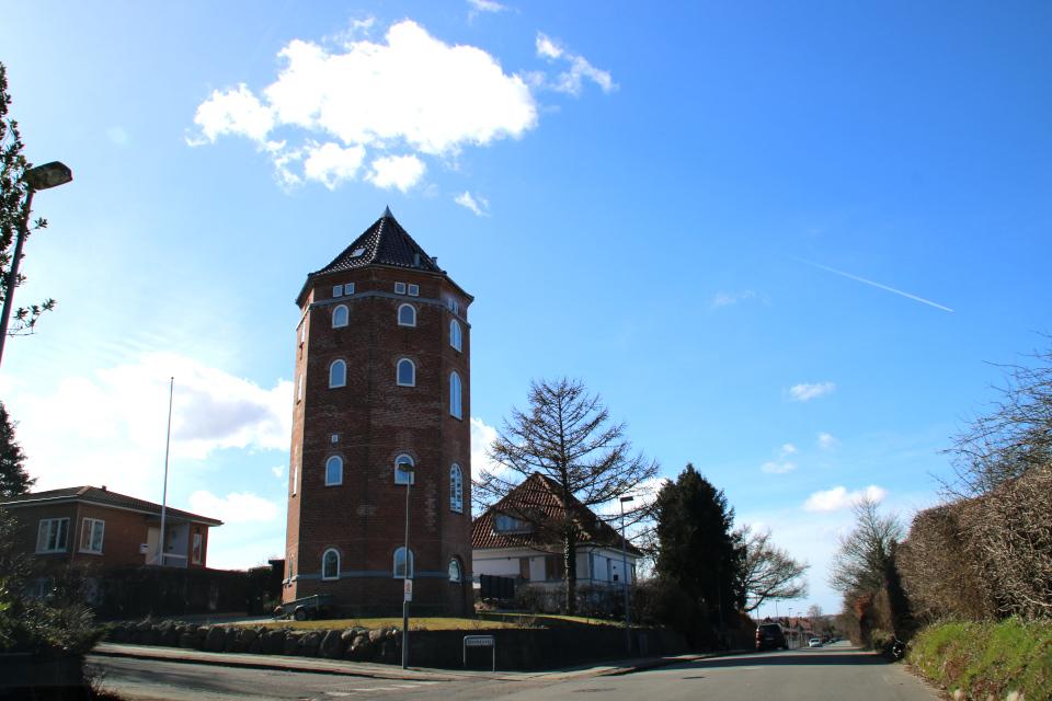 Жилой дом в водонапорной башне. Фото 21 мар. 2021, г.Орхус