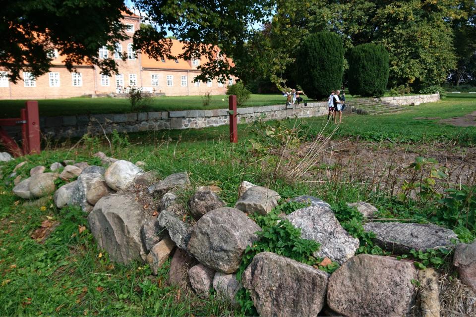 Каменная ограда. Пять Хальдов, Дания / De 5 Halder. Фото 6 сент. 2018