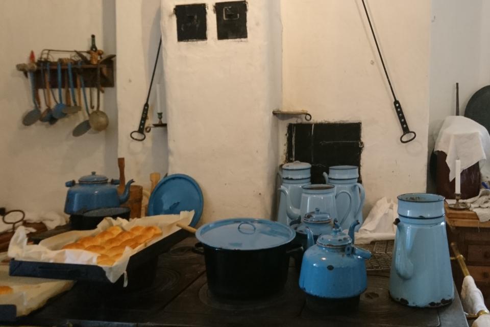 Чайники и кофейники Мадам Бло (дат. Madam Blå)