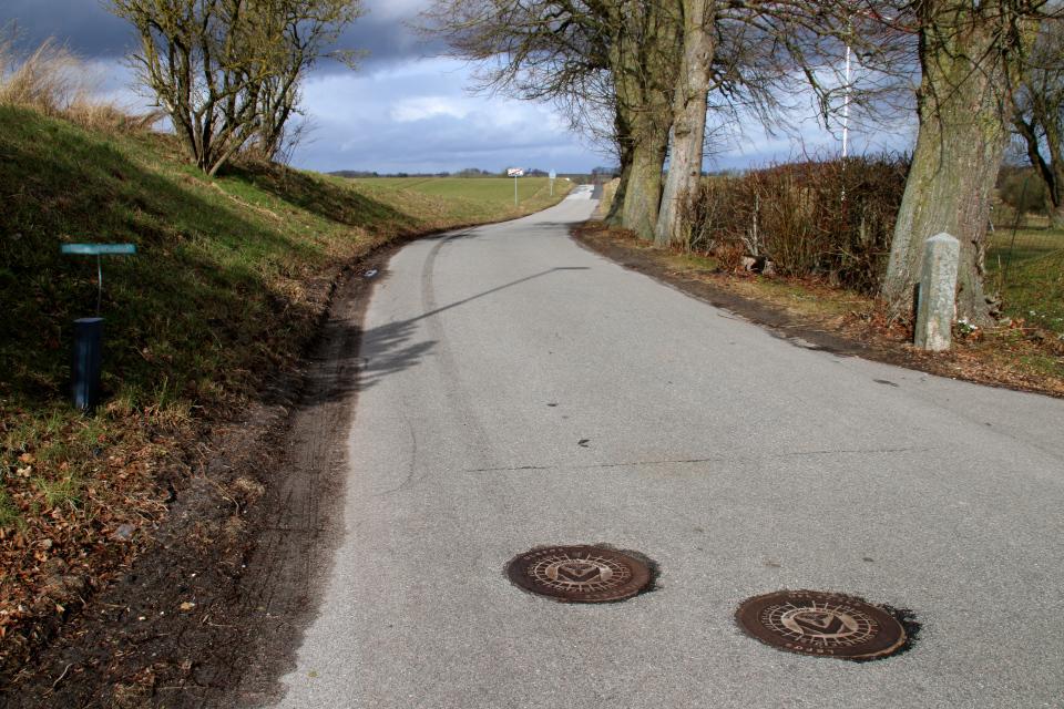 Ольструп, канализационный люк, Дания. 14 мар. 2021