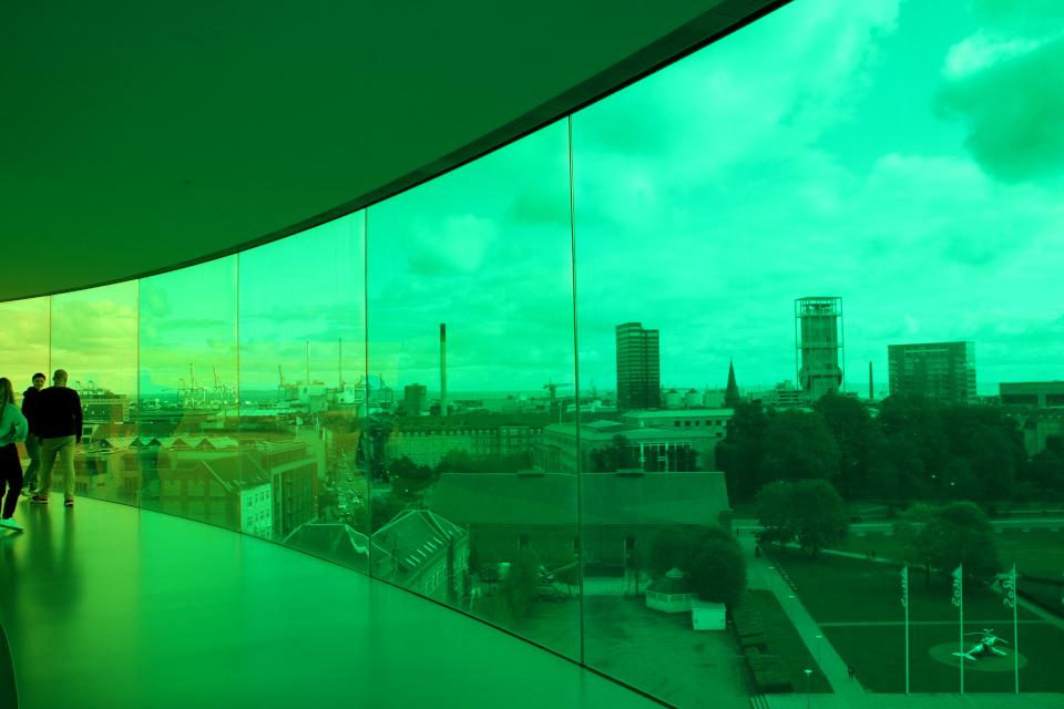 """""""Ваша радужная панорама"""" - вид на ратушу в зеленых цветовых гаммах. г. Орхус, Дания. Фото 9 окт. 2019"""