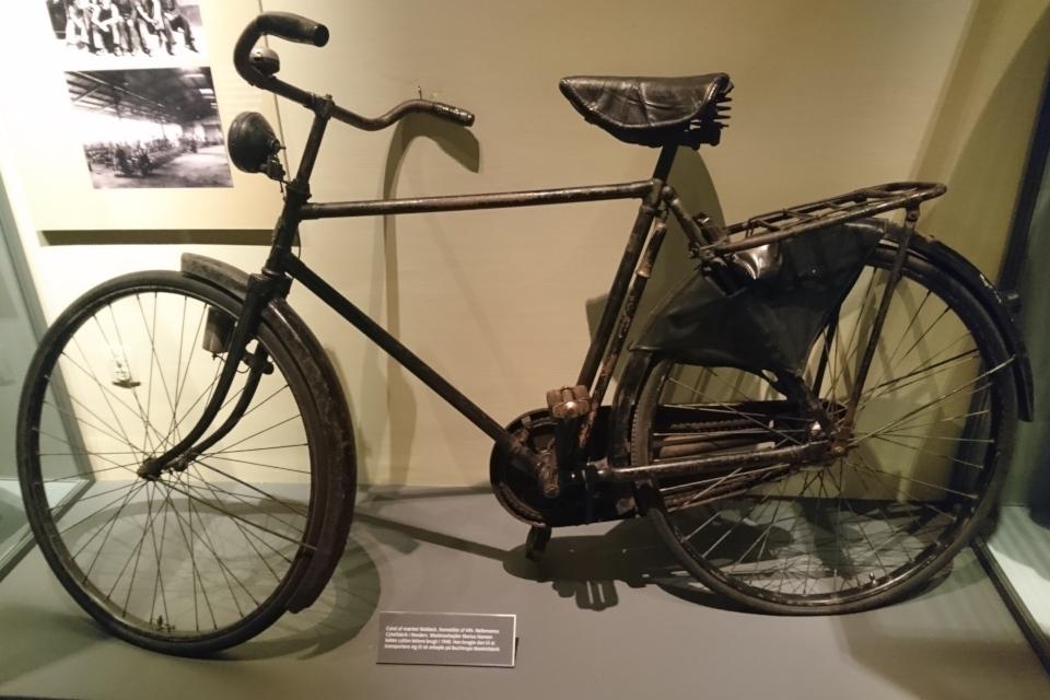 Велосипед. Выставка оккупации Дании в музее Рандерс, 25 июл. 2019