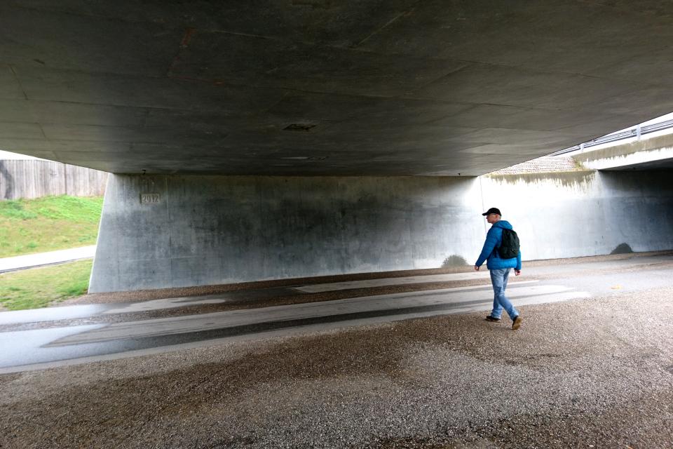 Под мостом, Эскелунден, Вибю, Дания. 5 мая 2021