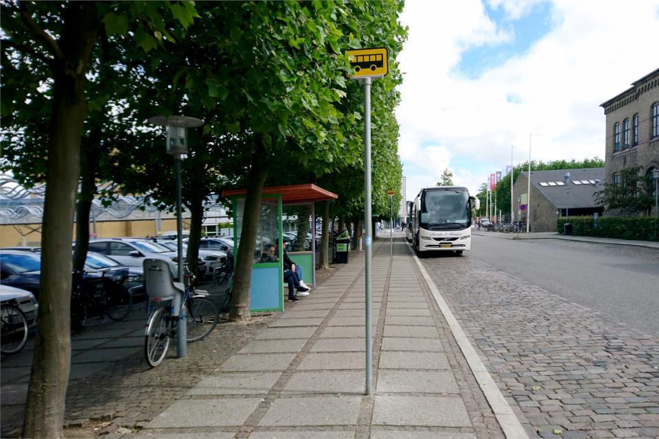 Автобусные остановки Валдемарсгаде, Екатерина Полякова. 23 июня 2021, г. Орхус, Дания