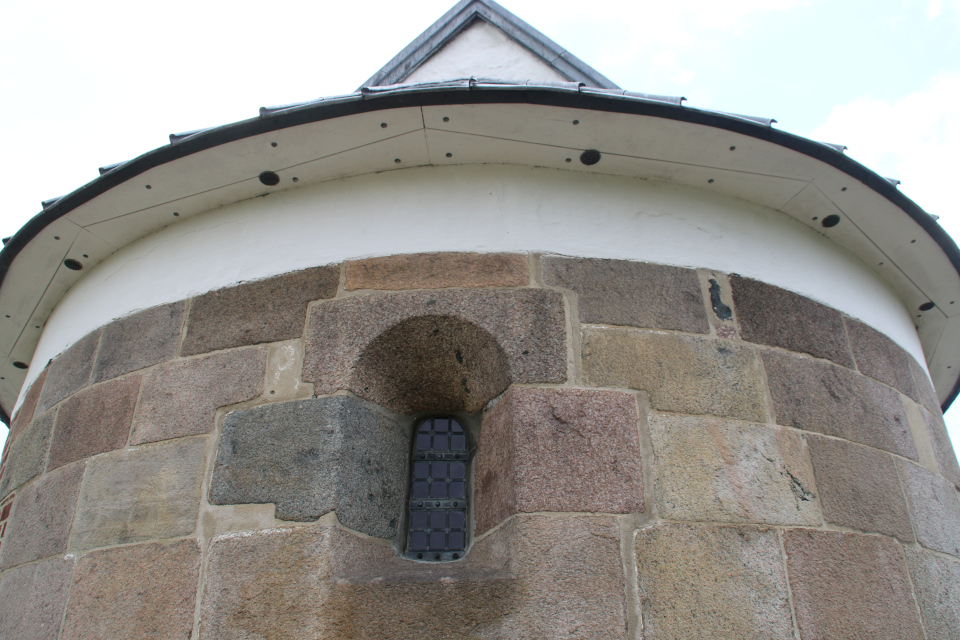 Церковь Леборг (Læborg Kirke), Дания. Фото 28 июля 2021
