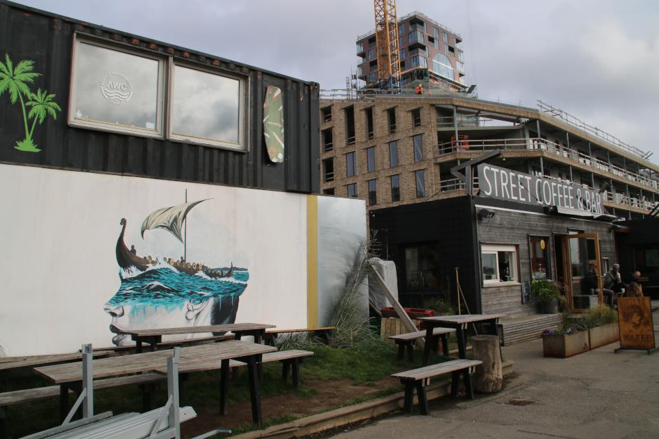 Street art. Kampanile. Bassin 7. Орхус Доклендс (Aarhus Ø), Дания 29 сентября 2021