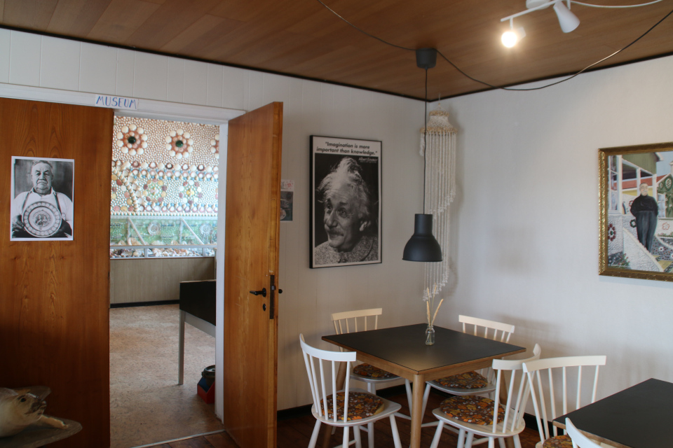 Музей. Дом с ракушками Тюборён (Sneglehuset, Thyborøn), Дания. Фото 26 сент. 2021