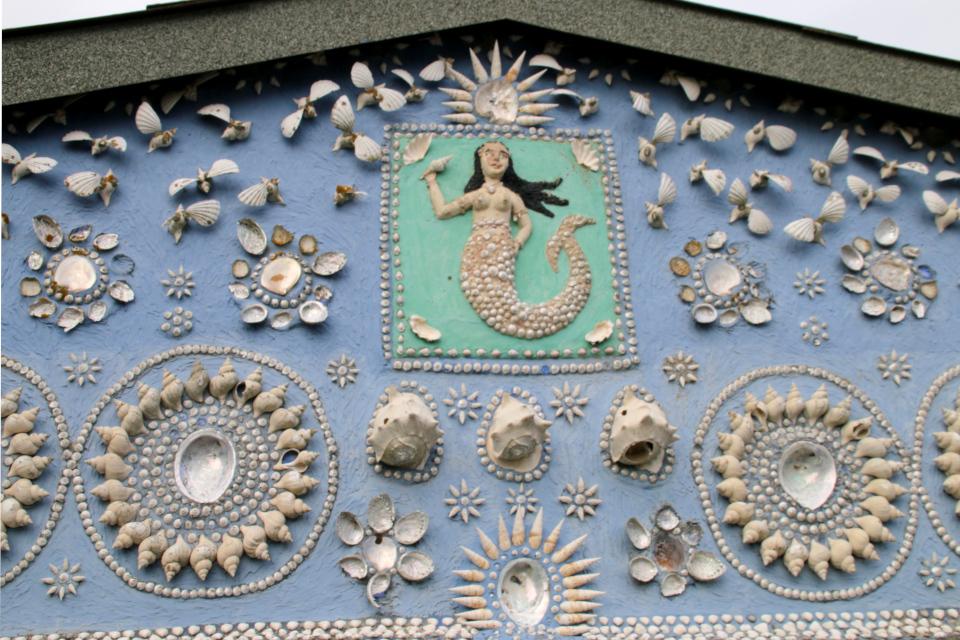 Русалочка. Дом с ракушками Тюборён (Sneglehuset, Thyborøn), Дания. Фото 26 сент. 2021