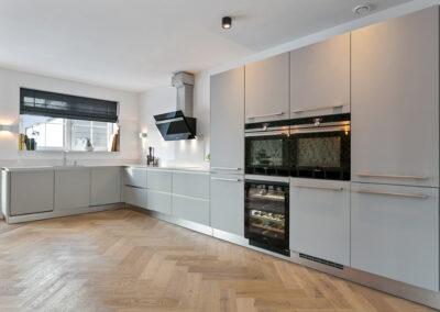 Moderne keuken in oude Zaanse stijl