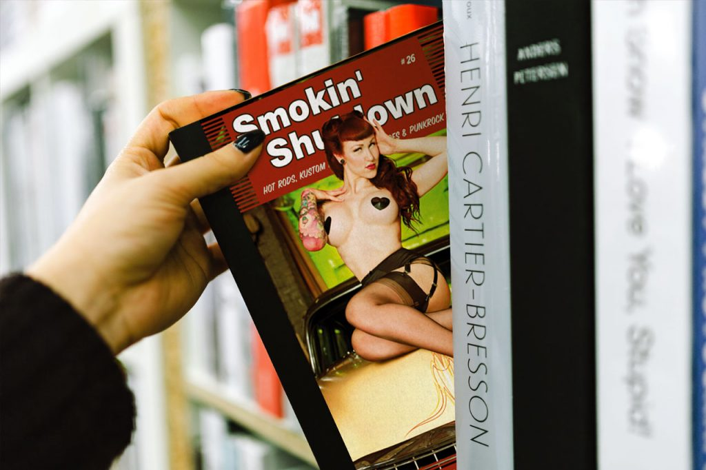 Smokin Shutdown Hot Rod Magazine by Flying Piston Studios